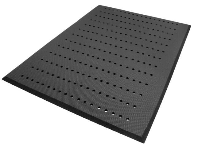 isolated image of an anti-fatigue mat