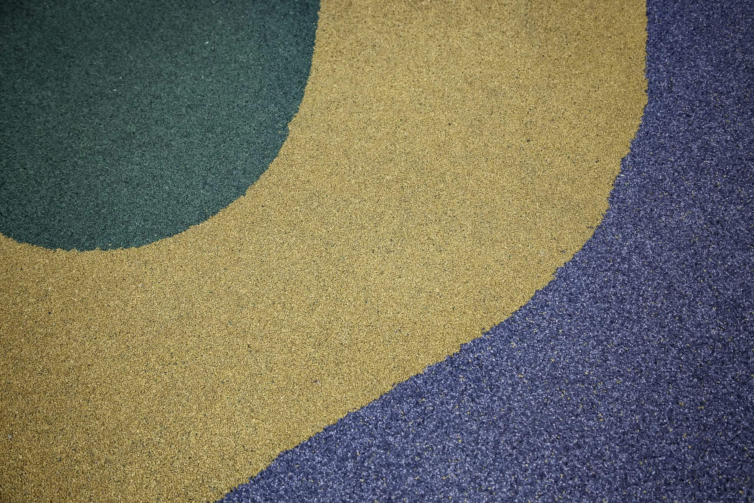 Colored rubber floor, decoration and safety detail
